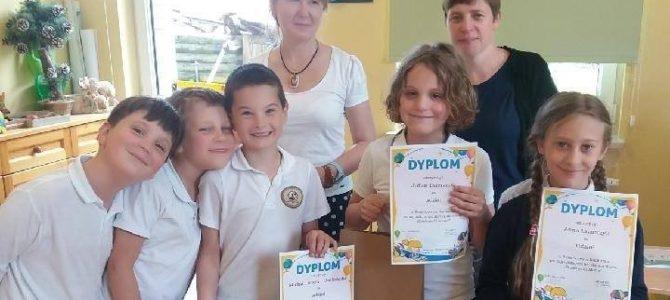 """Rozdanie nagród  za konkurs """"Dziękuję Ci Mamo"""""""